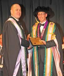 Dr. Geoffrey Borlase