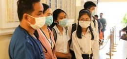 "UP TRIP ""High school students visit the Sunrise Japan hospital"""
